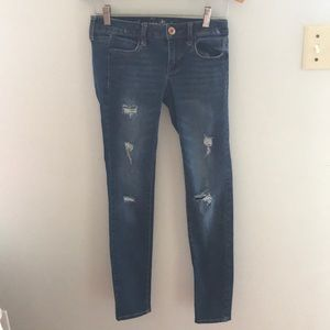 American eagle stretch ripped pants